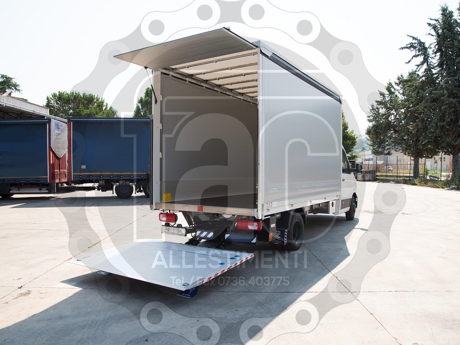 Realizzazione di furgone in alluminio 3