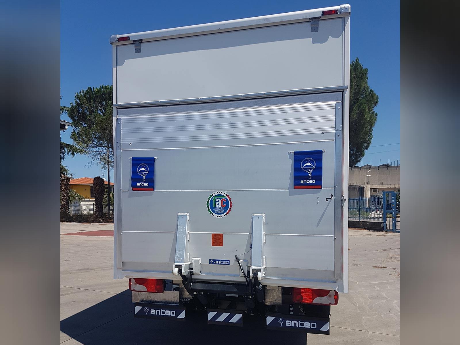 Realizzazione di furgone in alluminio di FAC Allestimenti